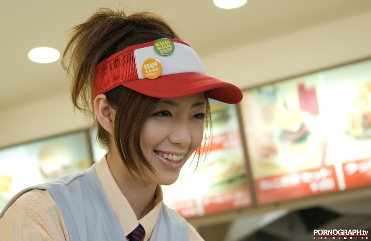 NACHI/ファーストフード店員