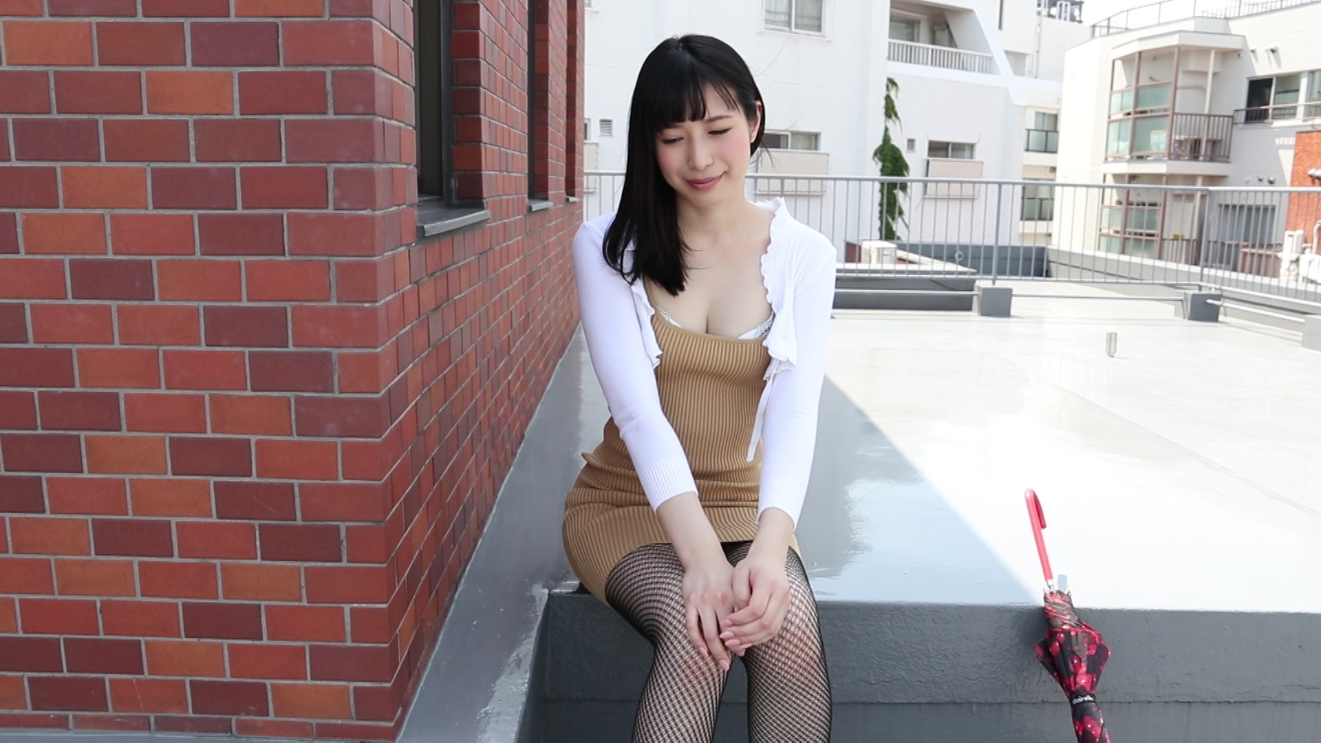 通りすがりのAV女優 中条カノン